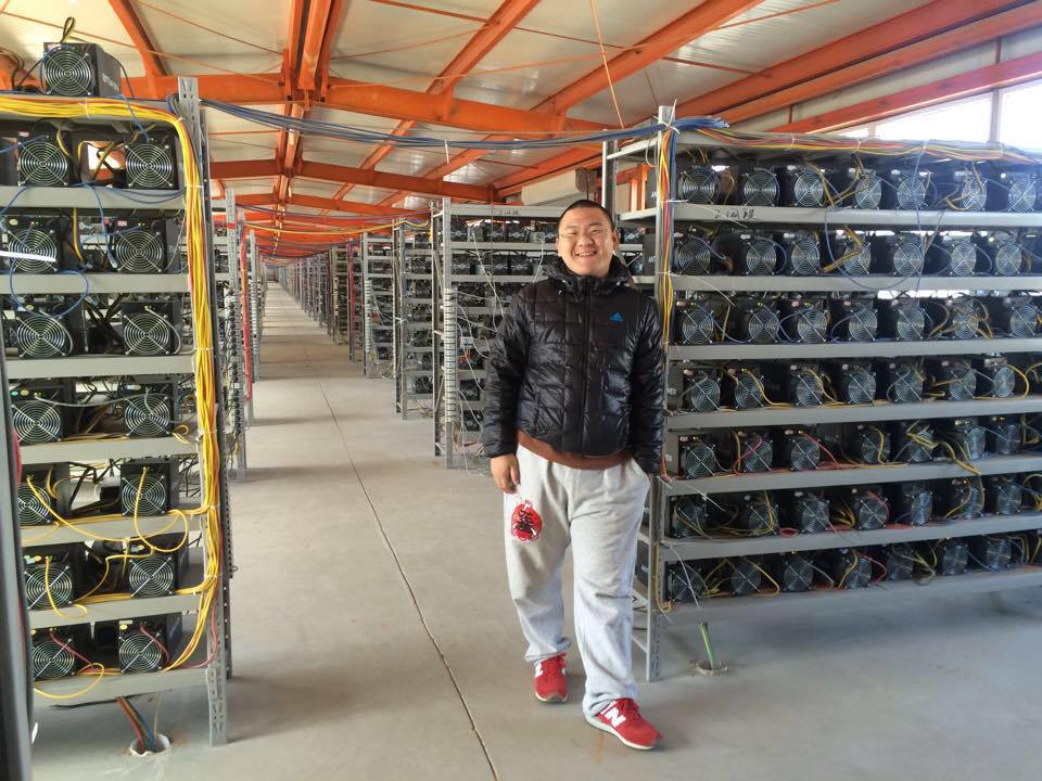 Angel Investor Reveals China S Energy Companies Mine Bitcoins Newbium